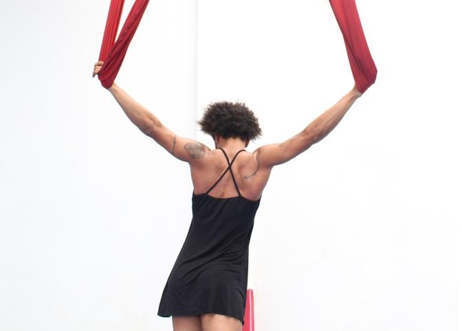 #ManufaturaDeMonólogos: Um dançarino feiticeiro em 'Corpo Sem Nome'