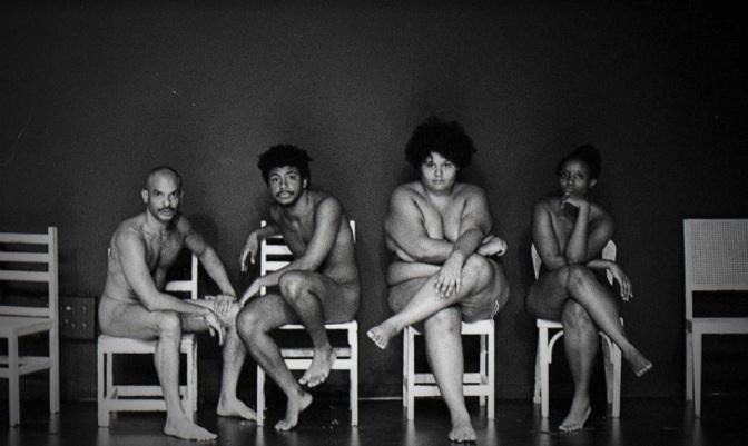 Teatro 'Isto é um Negro?' entra em temporada no Sesc Santos