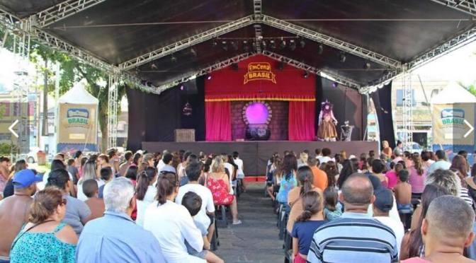 Praça Tom Jobim é próxima parada da caravana cultural do EmCena Brasil